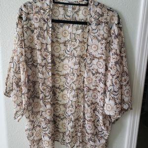 American Eagle Sunflower Kimono